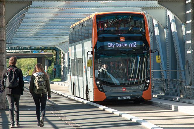 Metrobus M2 travelling over the Create Bridge